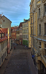 A walk in Riga (Fil.ippo) Tags: riga latvia lettonia old town historical center street buildings house case travel cityscape filippo filippobianchi nikon d610 light luce colors colori vecriga