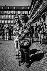 _DSF2097 (Antonio Balsera) Tags: bw bn plazamayor semanasanta gente madrid comunidaddemadrid españa es