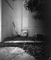 Pinhole (snr014) Tags: camera photo bucket image pinhole meter shovel inverted invert