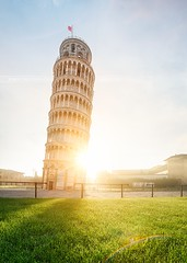 The leaned tower, Pise, Italy (Beboy_photographies) Tags: morning light italy tower grass backlight sunrise back angle wide wideangle pisa backlighting pise leaned