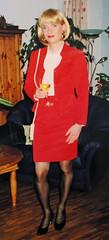 red skirtsuit (Marie-Christine.TV) Tags: beauty lady feminine cd femme skirt tgirl suit wig transvestite secretary frau crossdresser feminin kostm schn mariechristine skirtsuit sekretrin tgurl trabsvestite femmeside