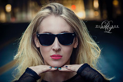 nightphotography beautiful sunglasses model headshot blonde bocca pinklips