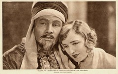 Agnes Ayres and Rudolph Valentino in Son of the Sheik (1926) (Truus, Bob & Jan too!) Tags: cinema film sepia vintage movie star parents kino europa european silent postcard picture cine screen american hollywood idol actress moviestar movies actor postal rudolph agnes ayres postale sheik cartolina carte valentino vilma banky hungarian postkarte sequel filmstar latinlover ansichtskarte ansichtkaart filmster thesheik vilmabanky rudolphvalentino postkaart agnesayres briefkaart tarjet alliedartists briefkarte