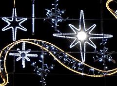Ste (34), illuminations 2012 (EclairagePublic.eu) Tags: christmas xmas france del lanterne lampe commerce sete illumination noel ampoule led fete leds avenue decor rue arbre groupe ville dcoration guirlande sapin bougie eclairage dels ste toile lustre languedocroussillon eclairagepublic lumineux hrault leblanc sabot luciole lcx chromex blachre