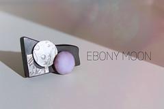 Broche o Colgante - Brooch or Pendant (Laura Simanavicius) Tags: broche brooch jewelry ebony pendant accessory enamel colgante bano accesorio joyera plata925 silver925 grabadoalcido engravedwithacid