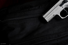 _DSC2206 (Staufhammer) Tags: light black magazine photography 50mm nikon gun desert stingray c tan weapon pistol guns cz handgun clone product 75 copy weapons compact firearm firearms p01 nebo d300 18d nikon50mmf18d cz75 protec fde nikond300 canik canik55 stingrayc staufhammer