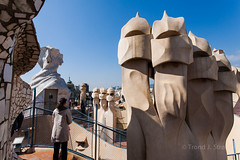 Casa Mil Rooftop - Gaud - Barcelona (trondjs) Tags: barcelona travel roof people espaa building museum architecture canon spain exterior landmark catalonia gaudi gaud 5d 1740mm 2012 casamil lapedrera trondjs cataluna