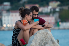 IMG_3068 (m@rEsz) Tags: piran slovenia eu europe istria couple youth smartphone