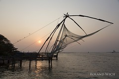 Kochi (Rolandito.) Tags: kochi kerala cochin fishing nets harbour waterfront silhouette conterlight india south southern