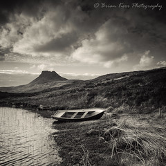 Stac Pollaidh View (.Brian Kerr Photography.) Tags: stacpollaidh scotland scottishlandscapes scottish scotspirit landscapephotography light boat lochlurgainn ullapool highlands outdoor outdoorphotography naturallandscape nature natural scottishlandscape clouds sky mono monochrome blackandwhite briankerrphotography photography landscapes landscape