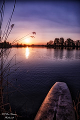 Silence at the lake (Peter Daum 69) Tags: silence lake see sonnenaufgang sunrise landschaft landscape scenery natur nature kicht light color farbe canon 6d eos sonnenuntergang sunset boot stimmung moods