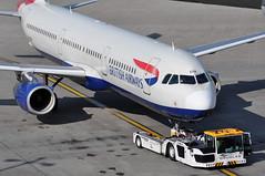 Push-back: 'SHT18V' (BA1314) LHR-EDI (A380spotter) Tags: departure pushback tow tug tractor aircrafttractor towbarless douglas supertug tbl280 tbl280mk5 at0967 108 apron airbus a321 200 gmedm toflytoserve emblem achievement crest coatofarms internationalconsolidatedairlinesgroupsa iag britishairwaysshuttle sht britishairways baw ba sht18v ba1314 lhredi stand501 501 gatea1 t5a terminal5 terminalfive london heathrow egll lhr