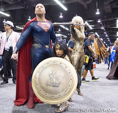"WonderCon 2017 • <a style=""font-size:0.8em;"" href=""http://www.flickr.com/photos/88079113@N04/33242973774/"" target=""_blank"">View on Flickr</a>"