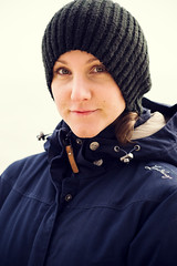 Mossbylund - Linda portrait - WEB (manuel ek) Tags: mossbylund nikon manuelekphoto 85mm beach seaside skåne sverige östersjön balticsea