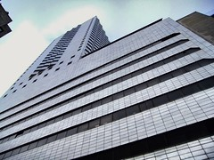 No filter yes skycraper.  #black #and #white #skycraper #uppers #sky #conditions #windy #no #need #filter (aysun0077) Tags: filter no skycraper black sky conditions uppers need windy white
