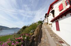House in Las Arenas (twomphotos) Tags: spain espana spanien bilbao baskenland basque biskaia biskaya las arenas