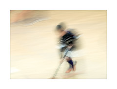 hockey (Ramón Medina) Tags: deporte sport niños kids icm intentionalcameramovement barrido abstract abstracto movimiento movement blur movido