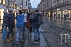 COL-1611_MUNICH-268 (JP Korpi-Vartiainen) Tags: baijeri bavaria bavarian eteläsaksa germany munchen munich november autumn baijerilainensaksa city german kaupunki marraskuu matka matkailu matkustaa saksalainen southern syksy tourism travel trip urbaani urban