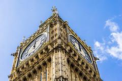 Big Ben-1 (CHCaptures) Tags: 12o´clock architektur london sony a6000 bigben bluesky city clock clouds ilce6000 midday plane sel55f18z sky tower