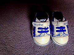 Baby shoes ❤ (cosimocarbone) Tags: cammino vita shoes scarpe famiglia gioia baby bambini