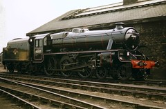 Stanier Black 5 45197 just ex-works bearing a Carlisle Upperby shed plate, possibly at Crewe Works, June 1960 (stcaamekid) Tags: black5 stanier creweworks carlisleupperby 1960 exworks outshopped crewe 460 steam