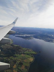 IMG_20161006_112220 (VagabonDali) Tags: norway norvegia plane aereo travel klm viaggio destinazione arrivo destination arrival green sky verde cielo up alto fiordo natura nature airplane fly volare