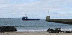 """""""Highland Prestige"""" passes Nigg Beacon, Aberdeen, April 2017 (allanmaciver) Tags: highland prestige aberdeen offshore supply tug east coast north sea waves water nigg beacon light harbour rocks sand shore grey cloudy cold wind allanmaciver"""