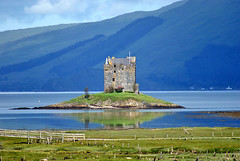 Castle Stalker and Loch Laich (Grisley Two) Tags: scotland highland loch a200