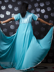 Dress Shoot001 (Flsimages) Tags: camera pakistan woman kids club umbrella canon photo dress desert flash middleeast saudi arabia pakistani 24 70 riyadh saudiarabia trigger strobe ksa photoclub 2470 strobist girlcolor cybersync