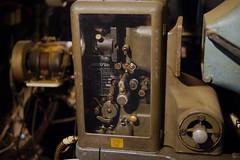 Cinemateca #04 - Proyector Horston 16mm (Nando.uy) Tags: england cinema france film 35mm uruguay projector creative gimp commons cine montevideo 16mm 1939 proyector kalee hugin cinemateca hortson nandouy