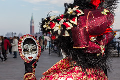 Veneza (AFPereira) Tags: carnival venice italy seascape canon veneza eos flickr italia mask carnaval gondola mascara carnevale venezia rialto veneto vaporetti smarco afpereira