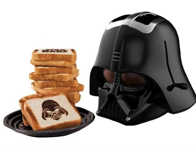 讓你的麵包墮入黑暗面!黑武士烤麵包機真是太威啦!~
