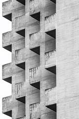(ilConte) Tags: letorri torri zacchiroli enzozacchiroli bologna italia italy brutalism brutalismo brutalist cemento cement concrete geometry geometria geometrie architettura architecture architektur