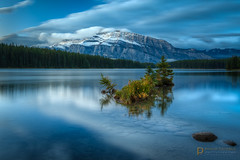 r e s i l i e n c e  5279 (Philip Esterle) Tags: autumn mountrundle fingolfinphoto twojacklake philipesterle mountainscapes mountains landscapes naturephotography hdr waterscapes skyscapes skies landscapephotography alberta pentaxk1 clouds canada scenic banffnationalpark reflections lakes banff ricohpentax ca