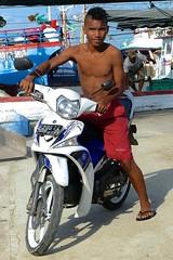 Sepeda motor, Laha, Leihitu, Ambon (Sekitar) Tags: maluku moluccas molukken pulau nusa islands indonesia asia ambon sepeda motor laha leihitu boy shirtless guy motobike