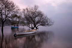 (omergencal) Tags: spiritofphotography light most dawn landscapephotography landscape boat boats lake