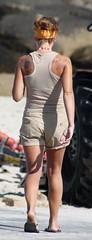 197 (SadCire) Tags: woman frau femme mujer girl thigh shoulder blonde calves tattoo legs short street candid sexy