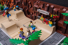 #legocity sk8park (KEEP_ON_BRICKING) Tags: lego city skatepark skate park extreme gravity games minifigure minifigs bmx skateboard awesome 2017 new moc keeponbricking