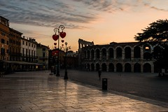sweet verona (lucafabbricesena) Tags: verona arena piazzabra italy earlymorning twilight architecture history old building nikon d800 square theatre heart