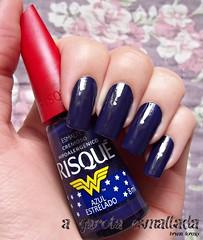 Esmalte Azul Estrelado, da Risqué. (A Garota Esmaltada) Tags: agarotaesmaltada unhas esmaltes nails nailpolish manicure azulestrelado risqué mulhermaravilha wonderwoman azul blue