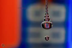 93/365 Irn Bru ([inFocus]) Tags: macro macromonday blueandorange 5dmkiv 5d orangeandblue 100mm 365 3652017 project365 drop droplet water reflection refraction creative strobist studio irnbru drink pop madeinscotlandfromgirders