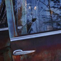 (jtr27) Tags: sdq1318fr jtr27 sigma sd quattro sdq foveon 30mm f14 dc hsm art junkyard junk car rust broken glass newhampshire