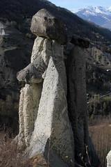 Felsgesicht - Gesicht im Fels bei den Erdpyramiden - Pyramiden von Euseigne beim Zusammentraffen des Val d'Hérens - Eringertal mit dem Val Hérémence bei Euseigne in den Alpen - Alps im Kanton Wallis - Valais der Schweiz (chrchr_75) Tags: erdpyramiden euseigne val d'hérens eringertal kantonwallis kantonvalais wallis valais alpen alps pyramiden schweiz suisse switzerland svizzera suissa swiss albumzzz201703märz märz 2017 hurni christoph chrchr chrchr75 chrigu chriguhurni hérémence albumfelsgesichterinderschweiz felsgesicht fels felswand