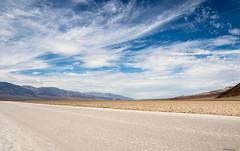 Salt, sand and sky (moniquevantorenburg) Tags: badwater deathvalley desert woestijn zand sand zout salt mountains bergen landscape landschap nationalpark california unitedstates verenigdestaten roadtrip m43 mft microfourthirds mirrorless olympusomdem5markii moniquevantorenburg