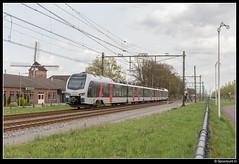 ABRN ET 25.2307 - 20026 (Spoorpunt.nl) Tags: 15 april 2017 abelio rail nederland flirt et 25 2307 trein 20026 zevenaar molen korenmolen de hoop
