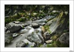 El paso del...agua (V- strom) Tags: agua water texturas textures nikon nikon2470 nikon50mm nikon105mm naturaleza nature seda silk roca stone piedra rock movimiento movement paisajes landscape