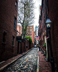 Acorn Street (TomBerrigan) Tags: boston acorn street wedding ipod running seenonmyrun beacon hill massachusetts