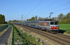 SNCF BB15061, Armancourt, 9-4-2017 18:18 (Derquinho) Tags: sncf bb15061 armancourt nez cassé bb15000 bb 15000 ter 847878 compiègne paris nord