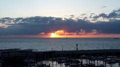 Sunset Cadzand-Bad (Omroep Zeeland) Tags: cadzand zeeland zeeuwsvlaanderen strand zee zon noordzee immo scaldis vakantie verhuur vakantiehuizen