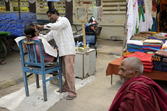 Lloyd_2__05 (BooBoopdx) Tags: nikon d7100 afs dx 1685mm 3556 india travel color photography people street faces barber monk